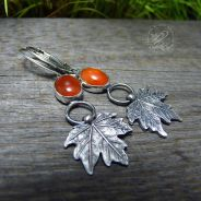 Maple Leaf & Carnelian